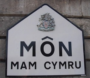 Places to Eat on Anglesey Mon Mam Cymru
